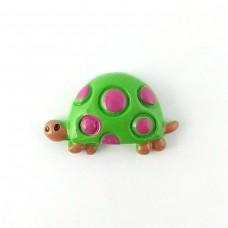 Turtle green in raspberry peas